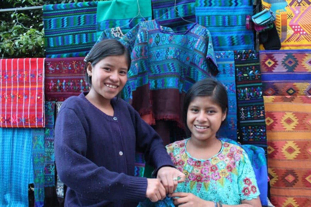 guatemalan women with textiles